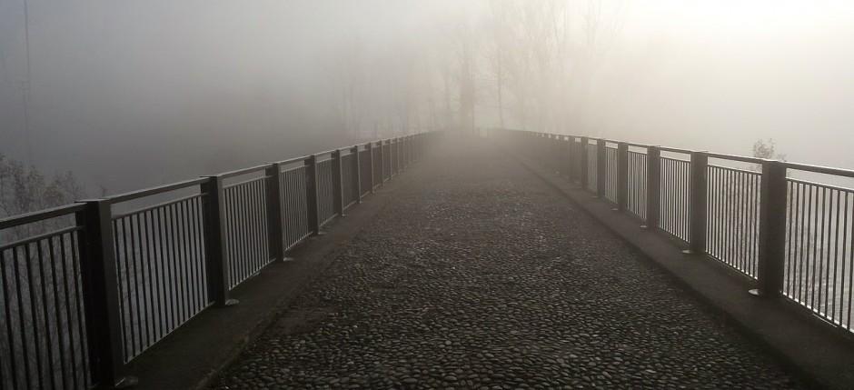 bridge-589188_1280