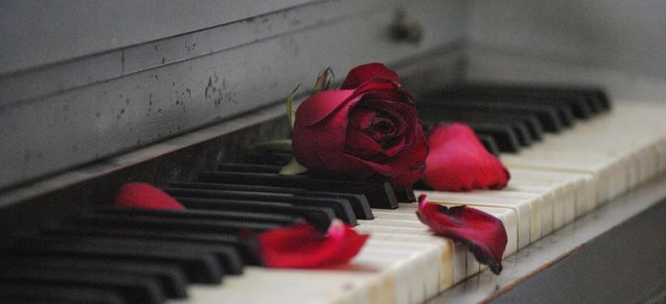 piano-571968_1280