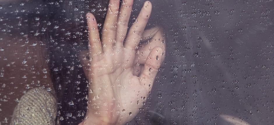 łzy-deszcz-dziewczyna